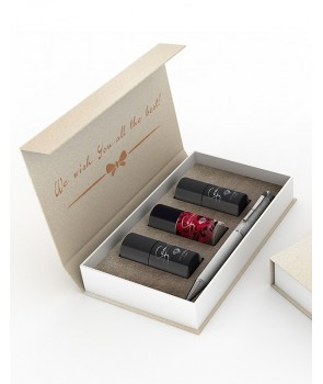 Gift set with classic nail polish 025